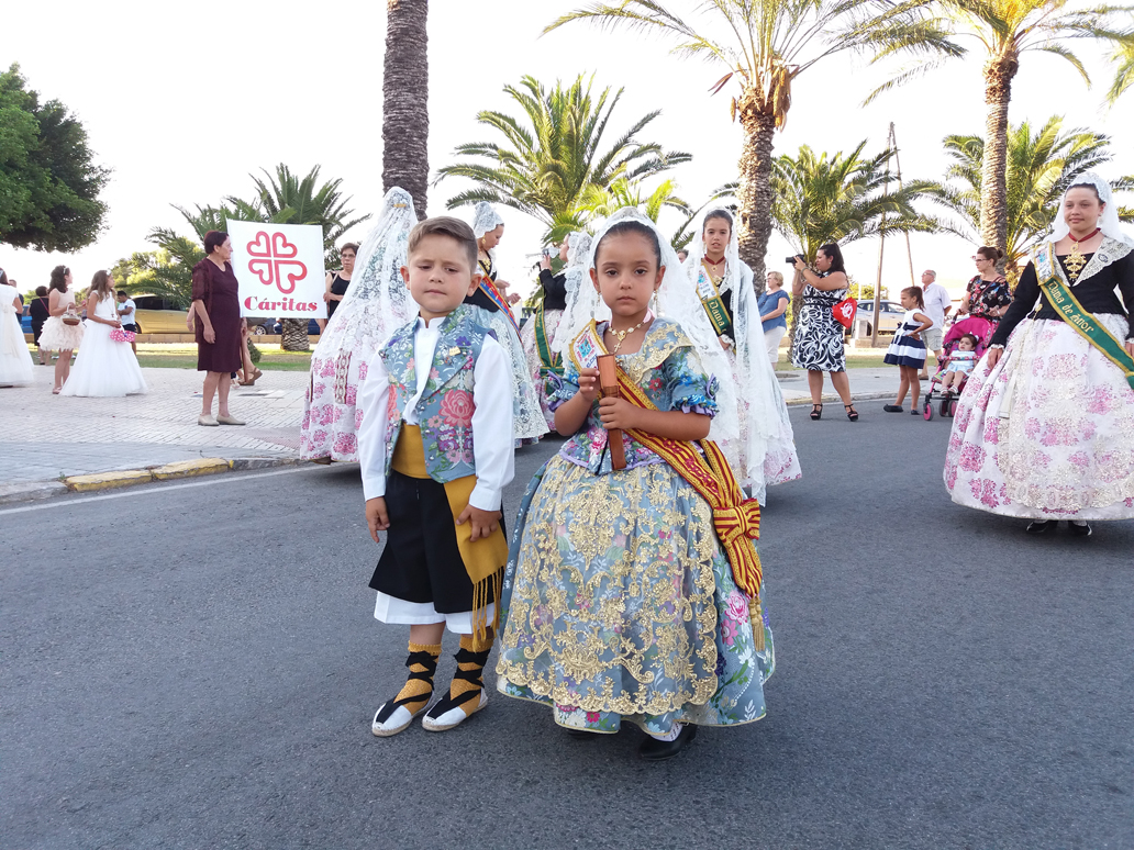 Parroquia El Altet - Los pequeños en procesión